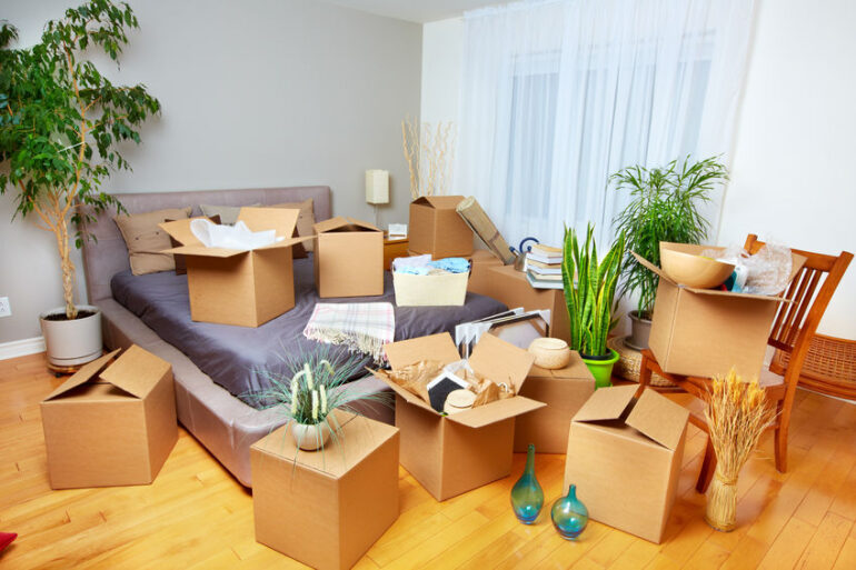 de-cluttering before moving